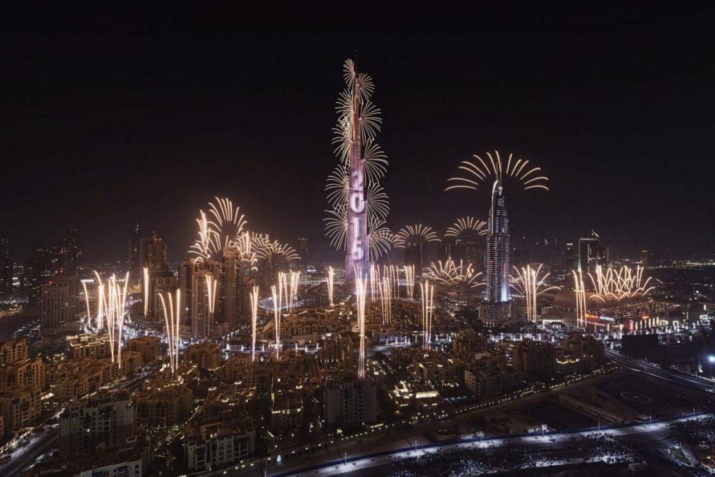 dubai nye 2015 burj khalifa fireworks